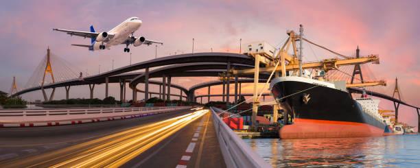 Concepto logística y transporte panorama - foto de stock