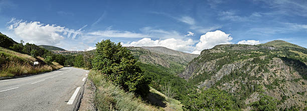 panorama with street to Alpe D'Huez Ecrins Alps in Summer​​​ foto