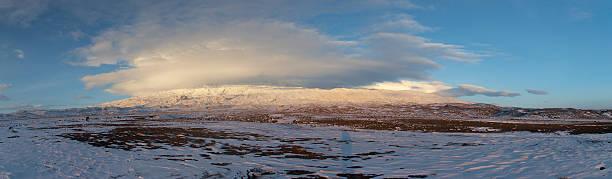 파노라마 영상을 클라우드 마운트 아라랏 summit 스톡 사진