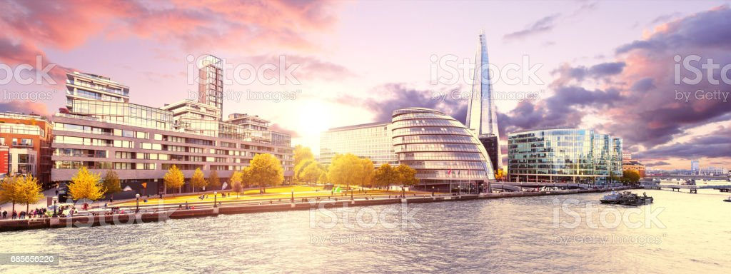 Panorama London bei Sonnenuntergang Lizenzfreies stock-foto