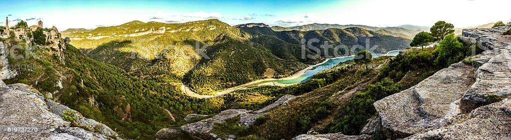 panoramic pantà de siurana villagemountains catalonia cliff horizontal - Royalty-free Blue Stock Photo
