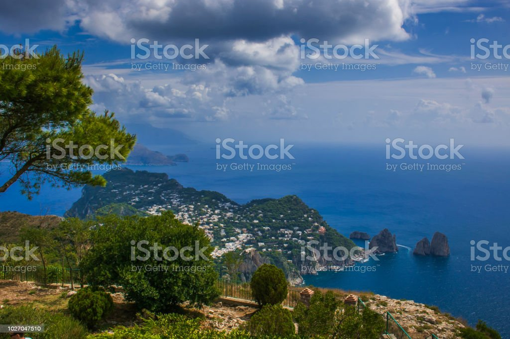 Panoramic terrace at the top of Monte Solaro, Capri island - foto stock