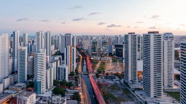 Panoramablick vom Stadtteil Boa Viagem in Recife, Pernambuco, Brasilien – Foto