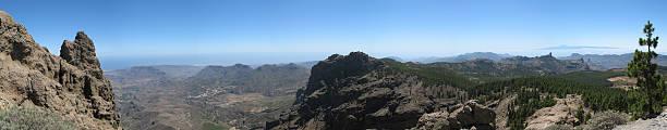panoramic view gran canaria pico de las nieves - fsachs78 stockfoto's en -beelden
