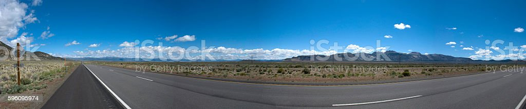 Panoramic view of a long straight road in California Lizenzfreies stock-foto