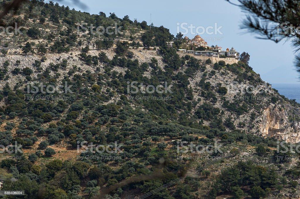 Panoramablick auf Erzengel Michael-Kloster in Thassos, Griechenland – Foto