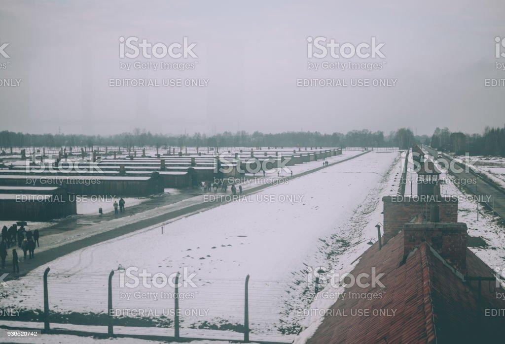 Panorama des KZ Auschwitz-Birkenau vom Wachturm. – Foto