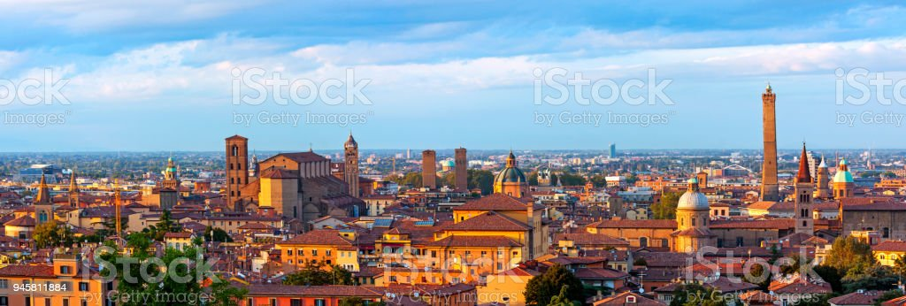 Panoramic view of Bologna - Italy – zdjęcie