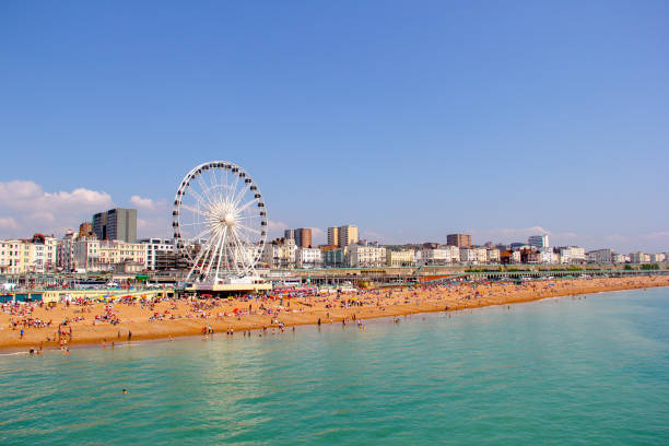 panoramablick auf brighton beach - ostchina stock-fotos und bilder