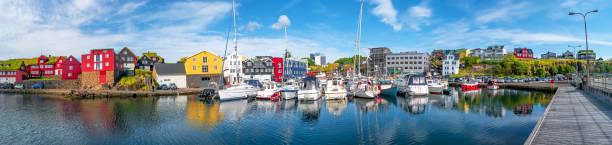 Panorama der Hauptstadt Tórshavn der Färöer Inseln – Foto