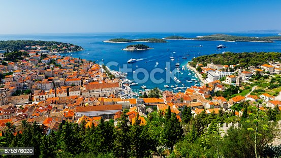 istock Panoramic view of harbor on island Hvar, Croatia 875376020