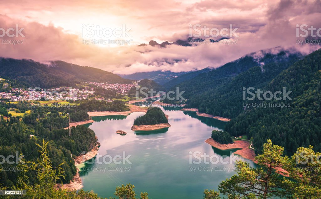 Panoramic view of lake of Centro Cadore in the Alps in Italy, Dolomites, near Belluno. - foto stock