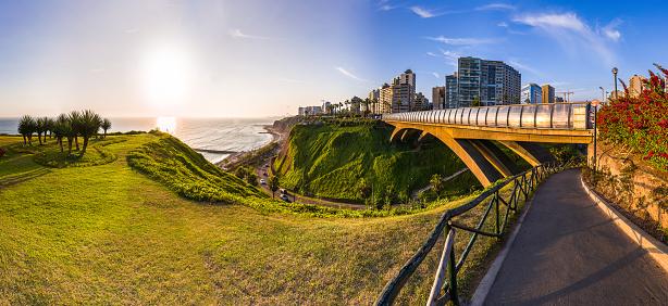 istock Panoramic view of Miraflores, Lima, Peru 1163227042