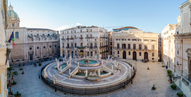Panoramic view of Piazza Pretoria or Piazza della Vergogna, Palermo, Sicily - foto stock