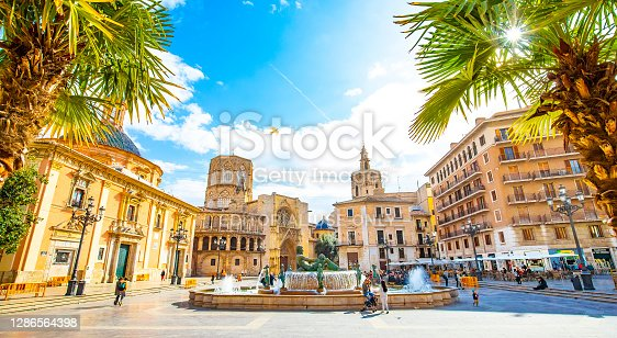 istock Panoramic view of Plaza de la Virgen (Square of Virgin Saint Mary) and Valencia old town, Spain 1286564398