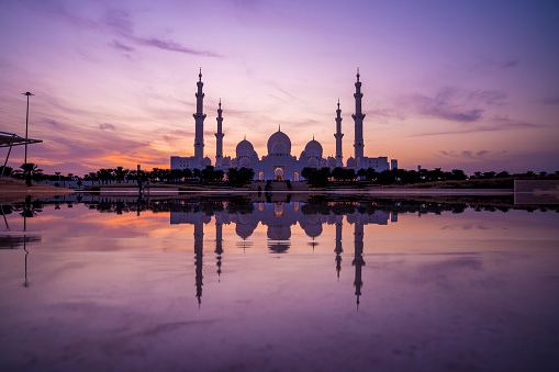 istock Panoramic view of Sheikh Zayed Grand Mosque, Abu Dhabi 1203344214