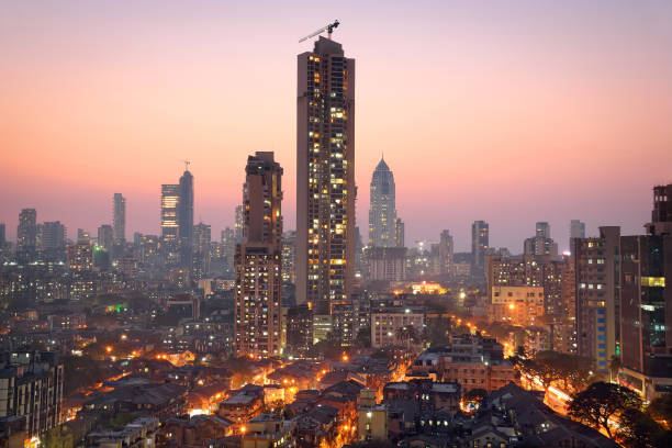 panoramic view of south central mumbai at golden hour (dusk) - india foto e immagini stock