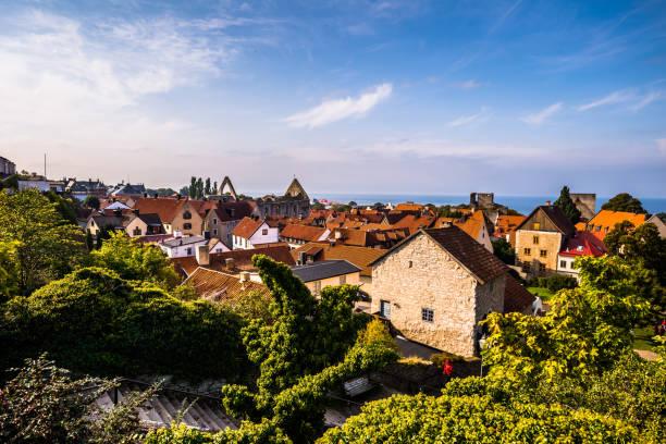 Visby - 23. September 2018: Panoramablick auf die alte Stadt Visby in Gotland, Schweden – Foto