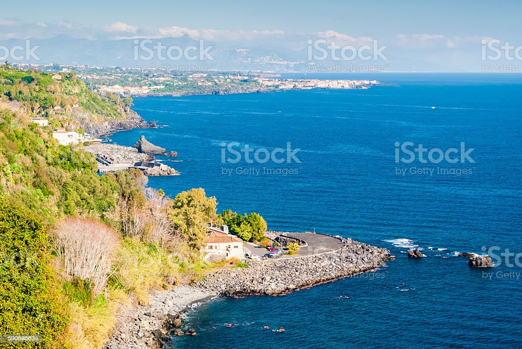 Panoramic view of the 'Timpa' of Acireale, in Sicily - foto stock