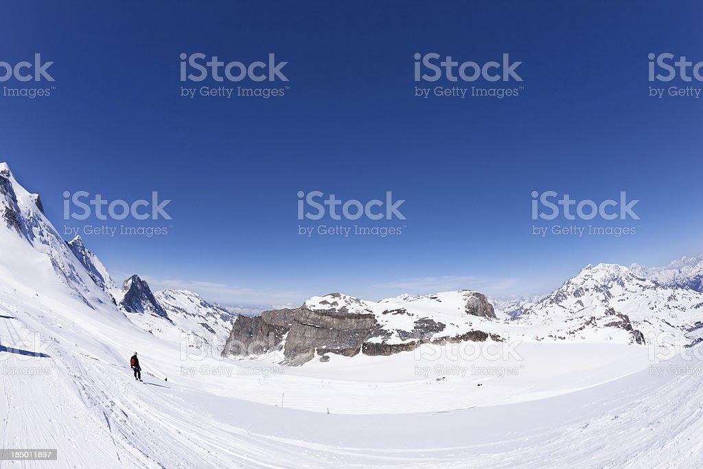 Panoramablick auf Tignes mountain ski area – Foto