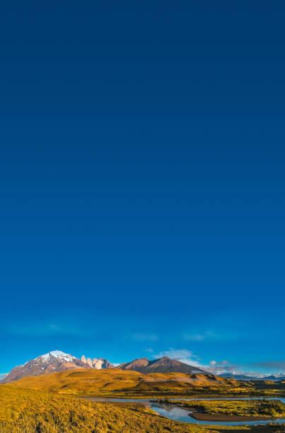 Panoramablick auf Torres del Paine, Nationalpark, Patagonien – Foto