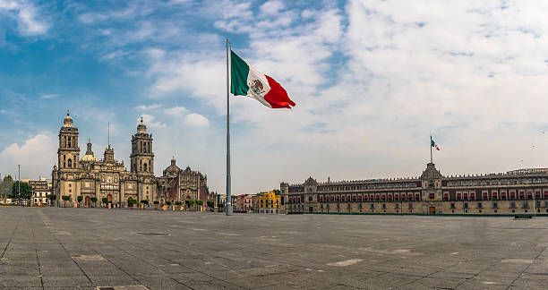Panoramic view of Zocalo and Cathedral - Mexico City, Mexico - foto de stock