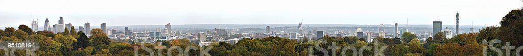 Panorama-Blick über London, England, UK von Hampstead Heath Lizenzfreies stock-foto