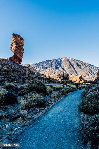 istock Panoramic view Roque Cinchado rock formation with Pico del Teide 930879794