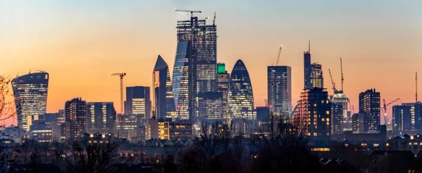 Panoramablick auf die Skyline der City of London, Großbritannien – Foto