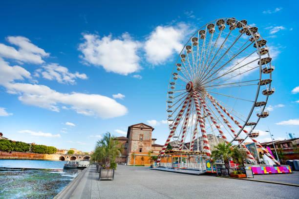 Riesenrad auf dem Fluss Garonne-Ufer – Foto