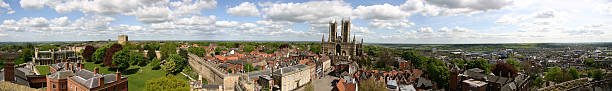 panoranics view of lincoln cathedral and the city - 林肯郡 個照片及圖片檔