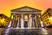 Panteon pantheon rome roma italia night dawn orange clouds