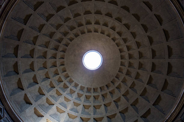 pantheon's roof - low angle view foto e immagini stock