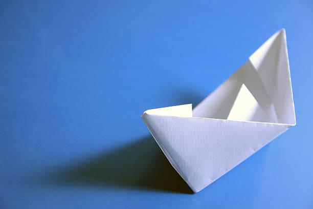 Papierschiff – Foto
