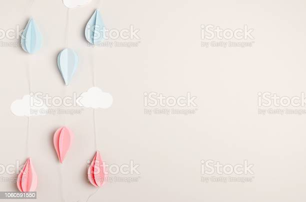 Paper garland on beige background for childrens and adult holiday picture id1060591550?b=1&k=6&m=1060591550&s=612x612&h=gvknt mt375ctenoiuoj45sbgl8zytusaiwfqs41vzm=