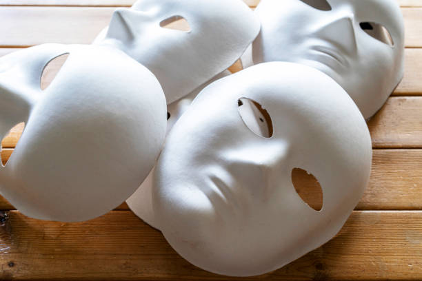 182 Mask White Blank Expression Symbol Stock Photos, Pictures &  Royalty-Free Images - iStock