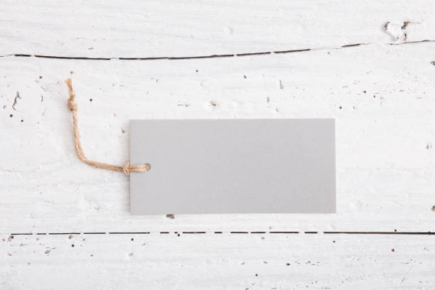 木材の背景に紙の値段 ストックフォト