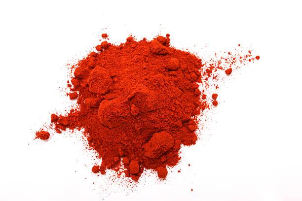 paprika powder - paprikapoeder stockfoto's en -beelden