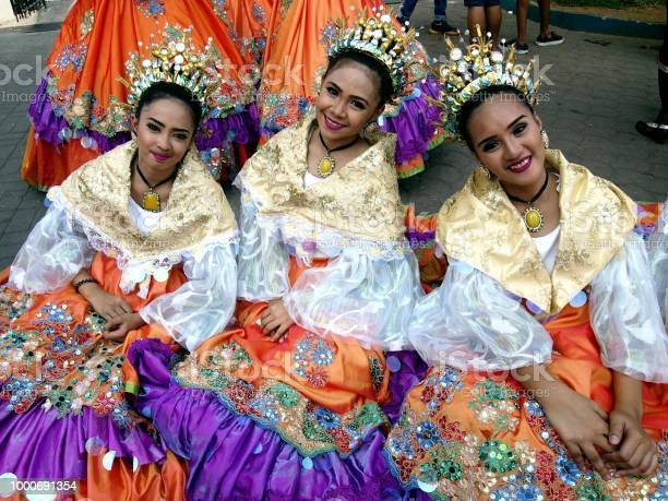 Parade participants in their colorful costumes during the sumaka in picture id1000691354?b=1&k=6&m=1000691354&s=612x612&h=5rxclwmwwemkooophp0hsyy8opg7u2hfisn2n08y3h4=