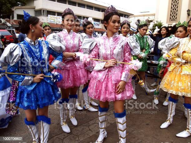Parade participants in their colorful costumes during the sumaka in picture id1000706802?b=1&k=6&m=1000706802&s=612x612&h=rsxmyprmq8x6xeuwft2ap7aagxzy0tojyzod pzu3hy=