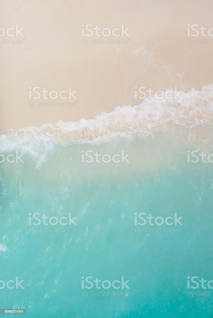 Cennet plaj ve dalgalar - Royalty-free Ada Stok görsel