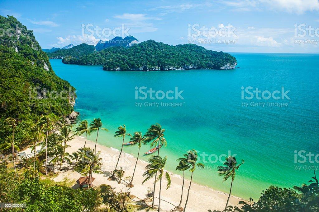 Paradies Strand auf einer tropischen Insel. Nationaler Marinepark Ang Thong – Foto