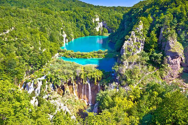 paradise wasserfälle der nationalpark plitvicer seen - nationalpark plitvicer seen stock-fotos und bilder