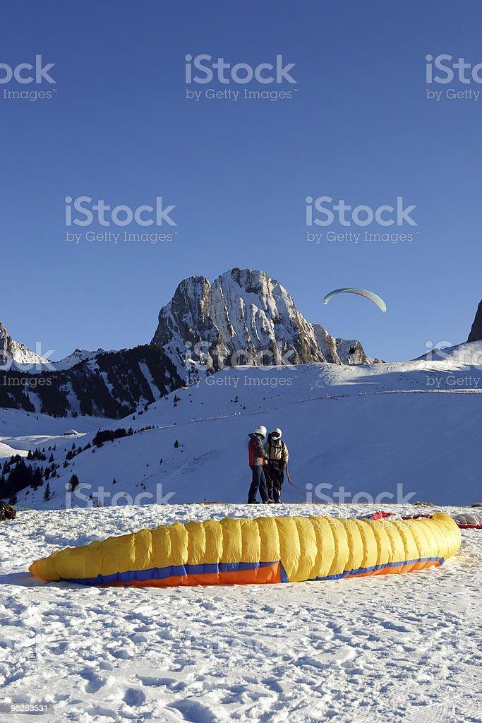 Gleitschirme - Foto de stock de Alpes europeus royalty-free