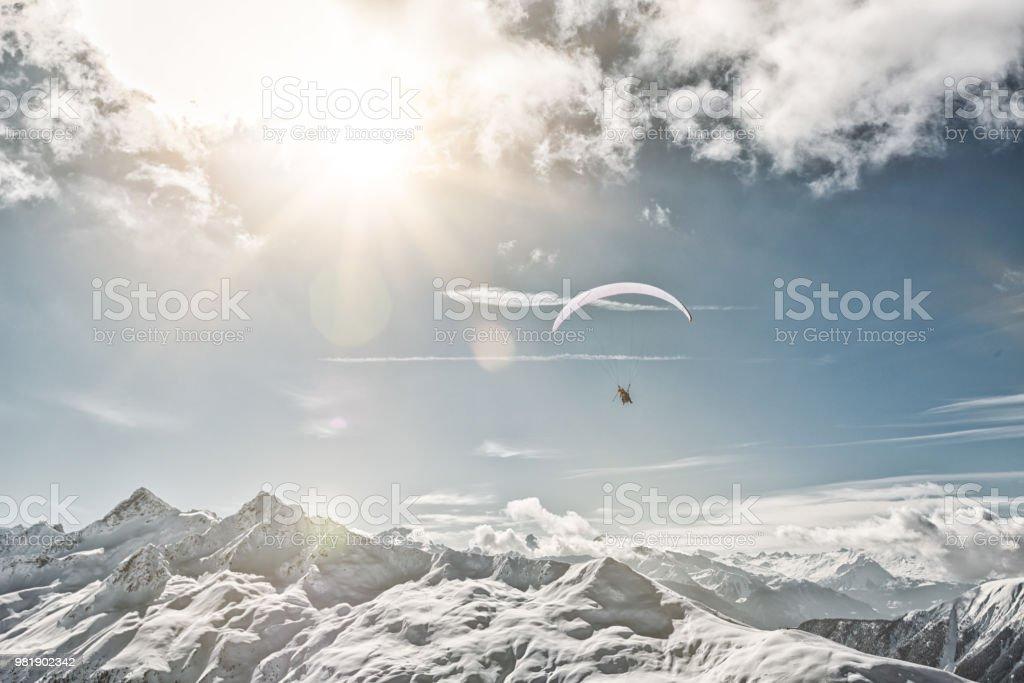 Paragliding in Davos, Schweiz - Lizenzfrei Abgeschiedenheit Stock-Foto