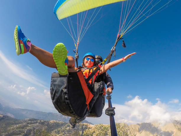 Paragliding Paragliding paragliding stock pictures, royalty-free photos & images