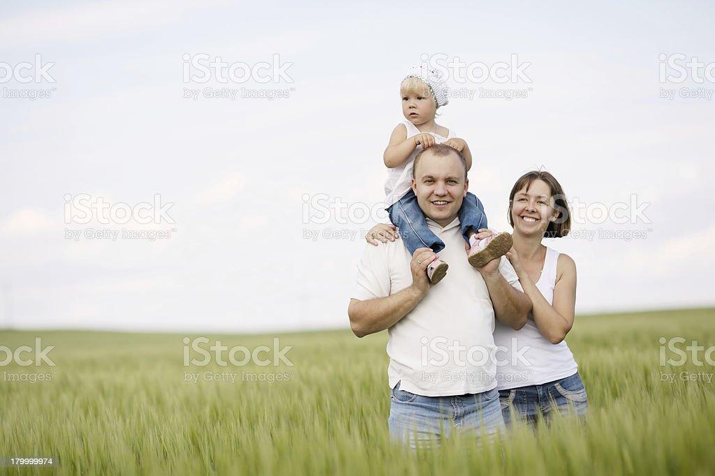 부모, 딸이다 필드에 royalty-free 스톡 사진