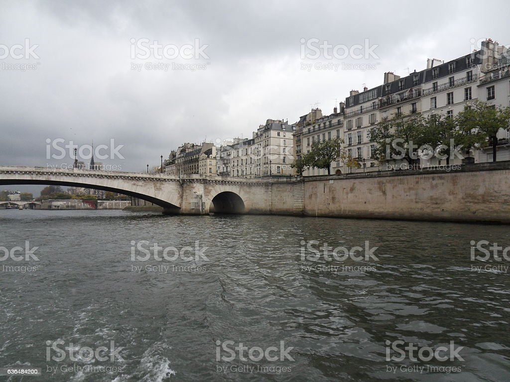Parigi - Pont de la Tournelle dalla Senna stock photo