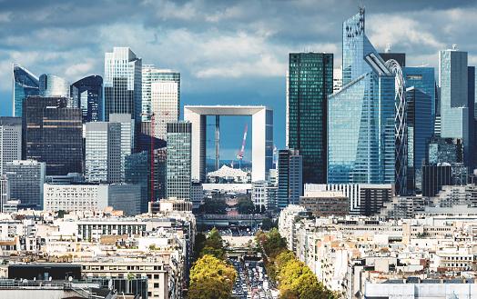 Photo libre de droit de Vue Aérienne De Paris La Défense banque d'images et plus d'images libres de droit de Affaires