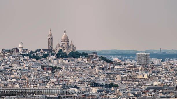 paris stad tak - montmatre utsikt bildbanksfoton och bilder